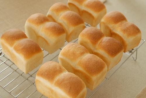 ミニ食パン焼き上がり