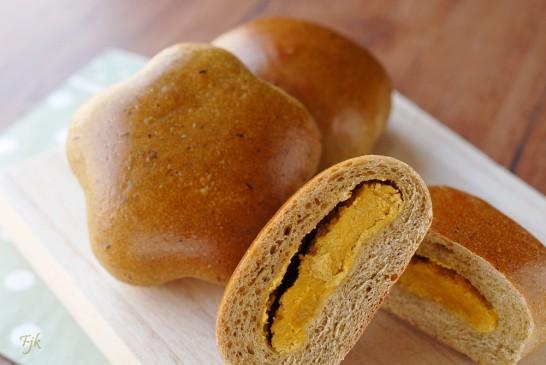 マンゴーあんパン