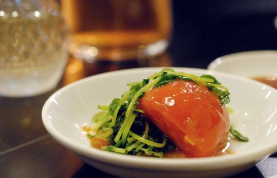 トマトと豆苗