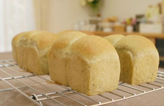 よもぎミニ食パン