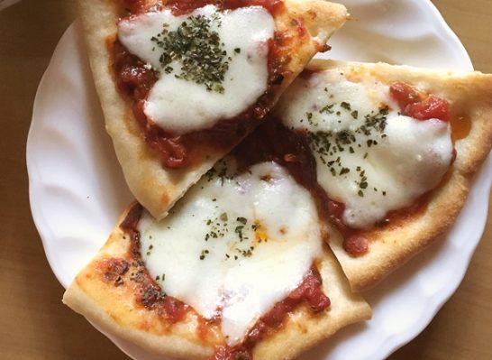 ピザ焼きあがり